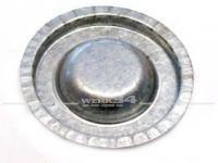 Verschlußdeckel in der Reserveradwanne, passend für 1302-03